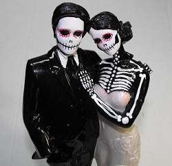 Couples-halloween-small